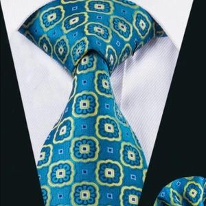 Novelty Geometric Distinguish Tie & Hanky Set